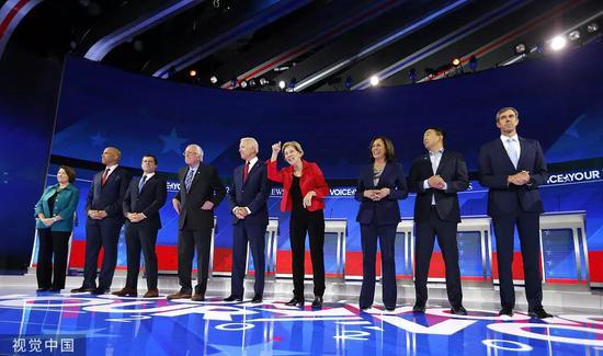 當地時間9月12日晚,民主黨2020年大選黨內初選第三輪辯論在休斯敦舉行。圖片來源/視覺中國