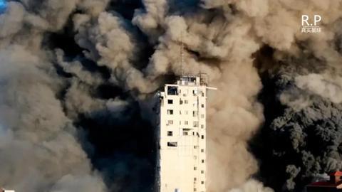 镇压国内暴乱,袭杀哈马斯高官,街头炸成废墟