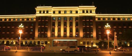 见亮不见灯路灯会扭头 北京夜景照明升级