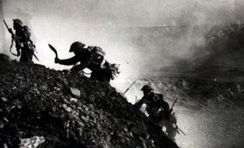 二战期间,在北非作战的廓尔喀军队。