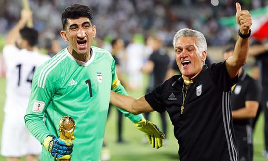 贝兰万德庆祝伊朗队获得参加世界杯的资格。图片来自网络