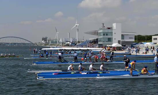 東京臺海濱公園目前正在舉辦世界青少年賽艇錦標賽,這也是一項奧運會測試賽。