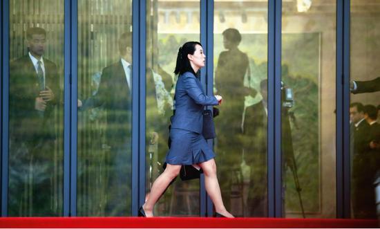 4月27日,金与正在板门店。图/韩朝首脑会晤媒体报道团