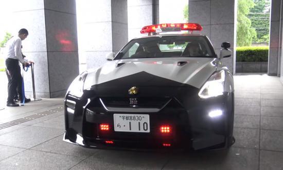 """""""东瀛战神""""跑车日产 GT-R R35"""