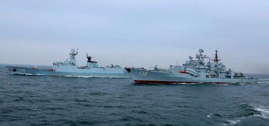 """与""""太原""""舰隶属同一支队的""""铁拳支队""""泰州舰7月中旬参与演习 图源:海军新闻"""