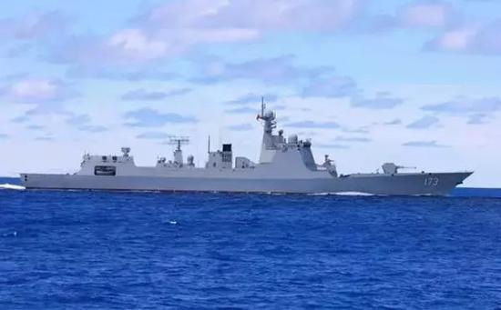 我国自主研制的新型导弹驱逐舰——长沙舰