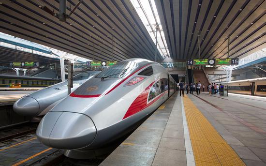 京雄乡际铁路(北京段)进进运转实验阶段。图/北京铁路局