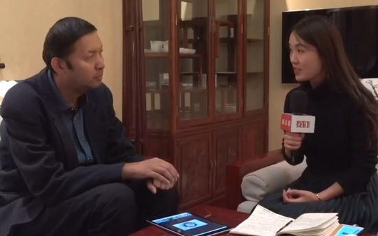 王月丹接受新京报记者专访。视频截图