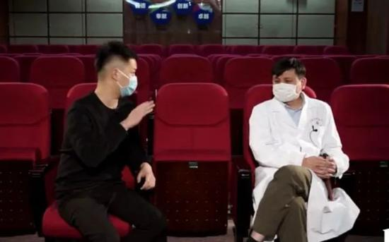 专访网红医生张文宏:什么情况下武汉能解封?图片