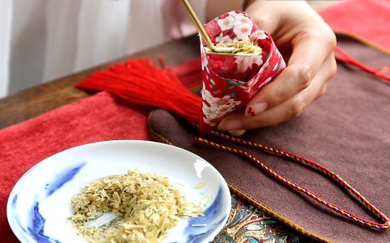 中国园林博物馆端午推出香囊手工建造活动。北京市公园治理中央供图