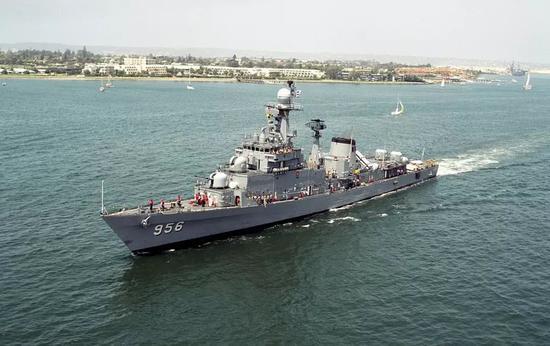 蔚山级巡防舰照片