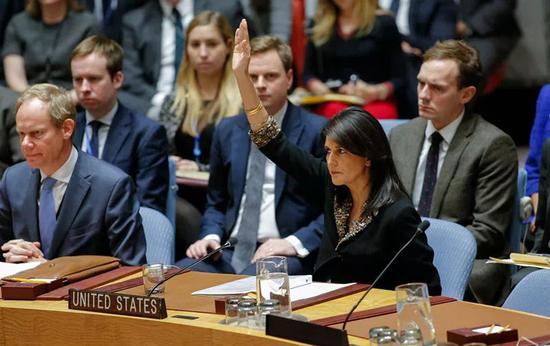 2017年12月18日,美国否决安理会关于耶路撒冷地位问题决议草案。新华社/法新