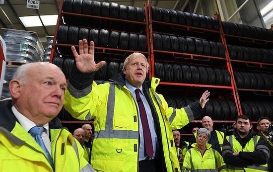 约翰逊表示撤消电视答应证 BBC:将来8年持续免费