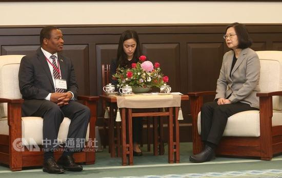 蔡英文2017年12月在台接见斯威士兰外交暨国际合作部长盖米齐