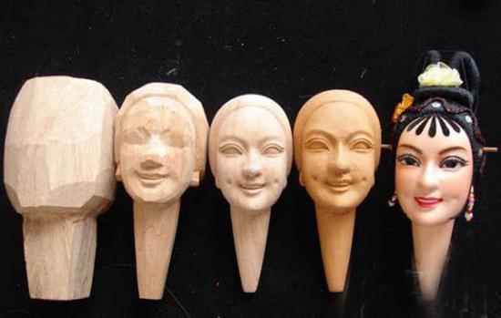 木偶头雕刻过程样图