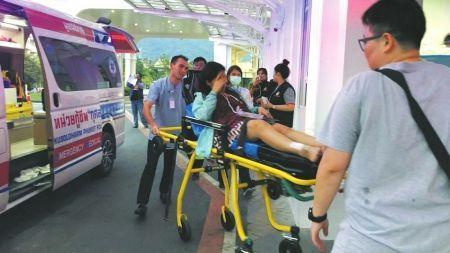 ↑部分受伤游客被送到曼谷(普吉)医院进行治疗。
