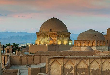 ▲伊朗亞茲德清真寺。圖片來自視覺中國
