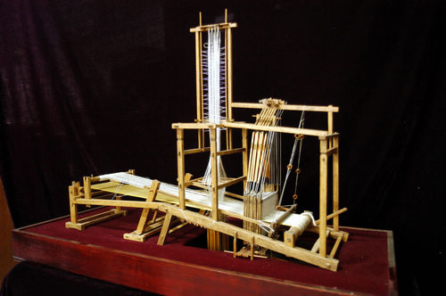 宋锦纺织机
