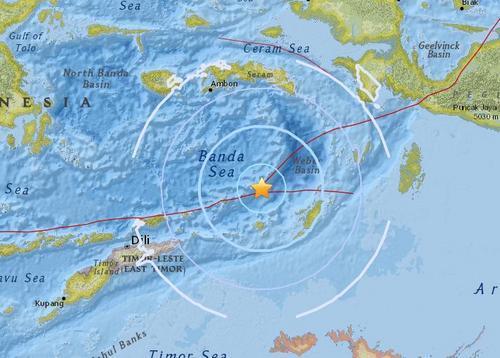 印尼东南部海域发生5.5级地震 震源深度160.3公里