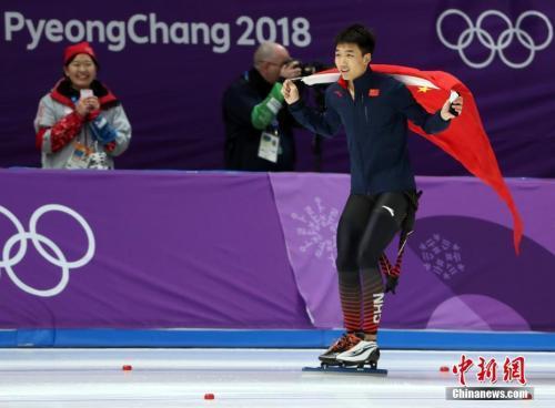 高亭宇书写新历史 中新社记者 宋吉河 摄