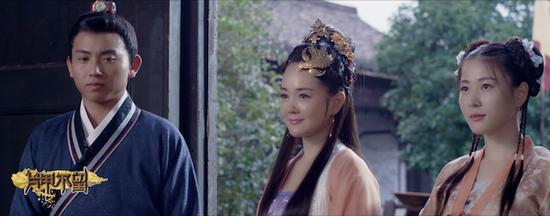 《片甲不留》讲述了明末侯云书与秦淮名妓李香君的故事,改编自作家刘天明的小说《古代才女悲情》,表现了乱世中人的选择。