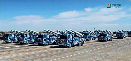 海红旗-9B主要担负舰艇区域防空任务。王卫东 摄