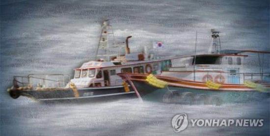 韩国近海渔船与货运船相撞 一人坠海失踪