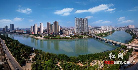 宁乡城貌。