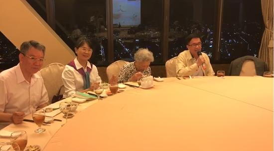 陈水扁保外就医期间还欢唱不断遭质疑