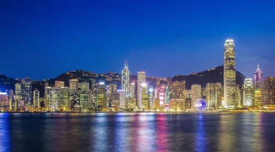2017香港gdp_2017年深圳GDP首超香港?这个信号应当警惕