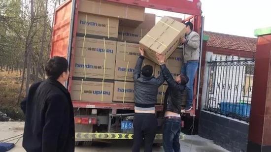 雄县大营镇协调资金为百姓购置燃气炉。