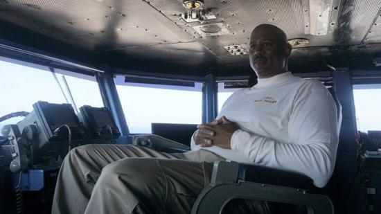 海军少将约翰?富勒
