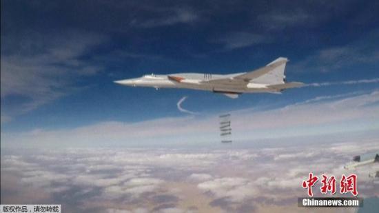 俄海军在叙发射100余枚巡航导弹 击毁千余