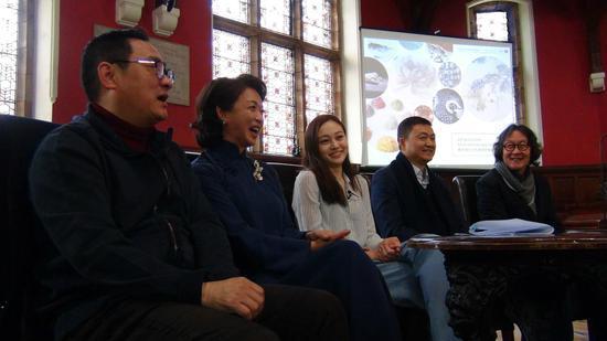 2018牛津中国论坛艺术板块的嘉宾:蒋山青,金星,王天佑,泰祥洲,徐冰