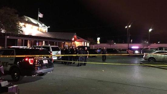 美国得克萨斯州发生枪击案致4人受伤 枪手仍在逃|枪手|得克萨斯州|枪击案