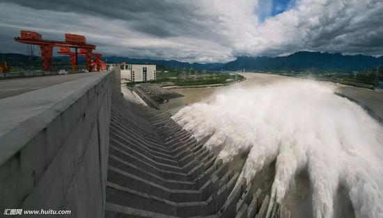 三峡年夜坝