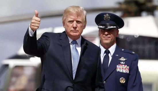 退伍军人和荣誉勋章获得者将和特朗普一起,在国会山观看阅兵。