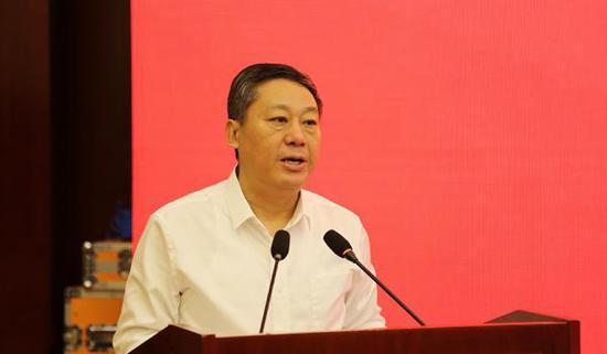 全国人大代表、临沂市长张术平。