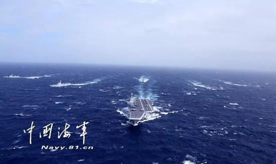 ▲中国海军航母编队在海上航行。(中国军网)