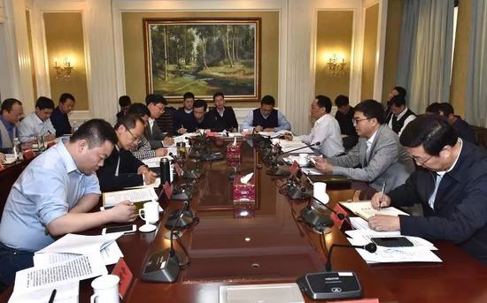 12月13日,雄安新区召开党工委委员(扩展)集会。刘朝阳摄