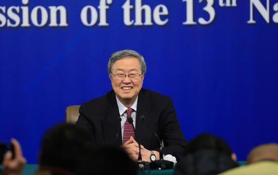 """3月9日,中国国民银行行长周小川就""""金融改造与开展""""相干成绩答复中外记者发问。 磅礴消息记者 赵昀 图"""