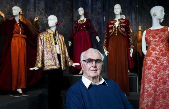 法国著名时装设计师Hubert de Givenchy海外网 资料图