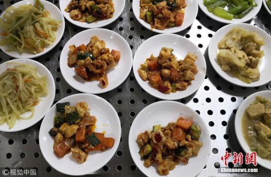 资料图:多种多样的美食。  图片来源:视觉中国