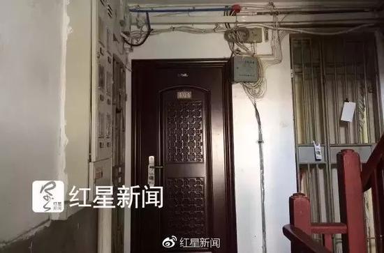 ▲朱晓东和杨俪萍结婚后的住处。图片来源:红星新闻