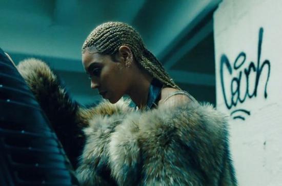 碧昂丝的《柠檬水》专辑广受好评