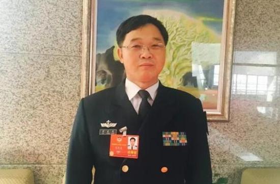 全国政协委员、海军潜艇学院教授笪良龙 中国船舶报 图