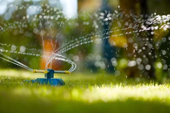 农业生产用水有三个重点: