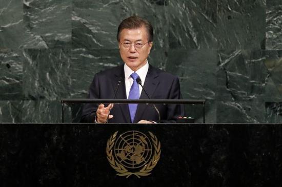 资料图片:韩国总统文在寅在第72届联大一般性辩论上发言。新华社记者李木子摄