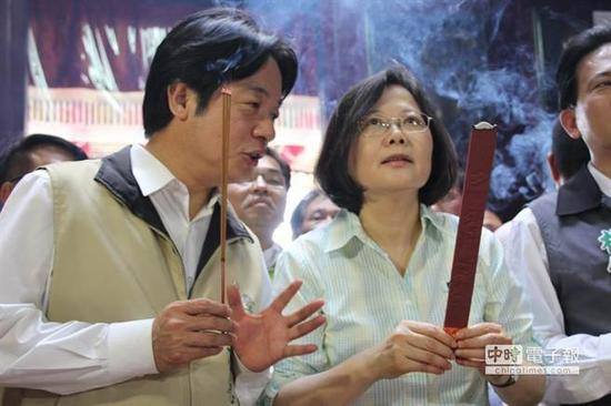 """赖清德被封""""赖神""""。(图片来源:台湾《中时电子报》)"""