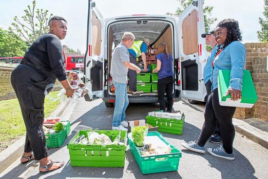 ▲Felix项目将仍可食用食品送给挨饿的人